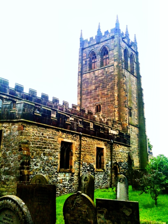 youlgreave-churchyard