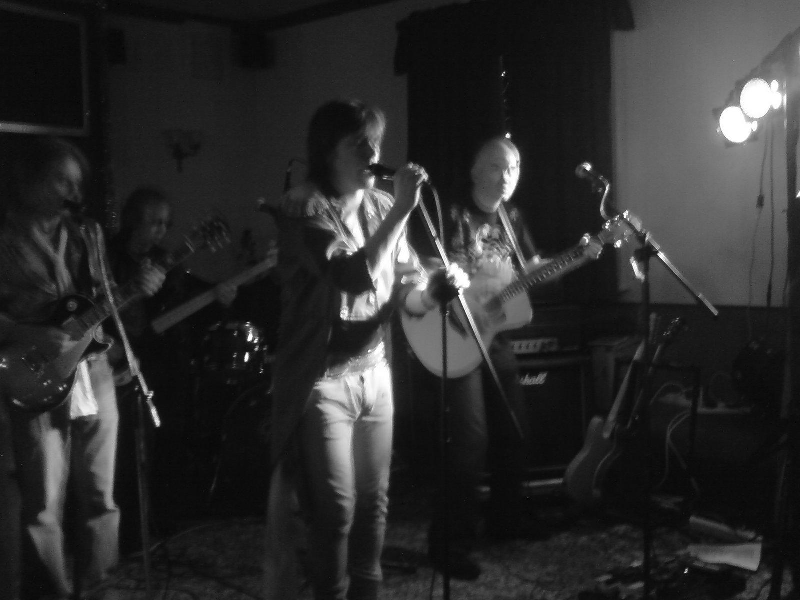 The Stones – 3 horseshoes – Matlock Green 19th Dec 2008