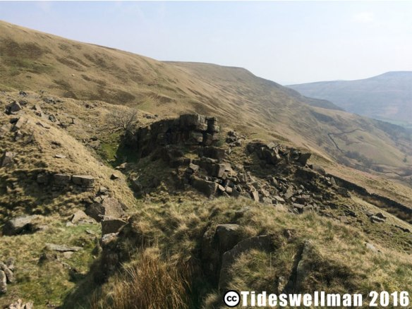 Alport Castles Boulders