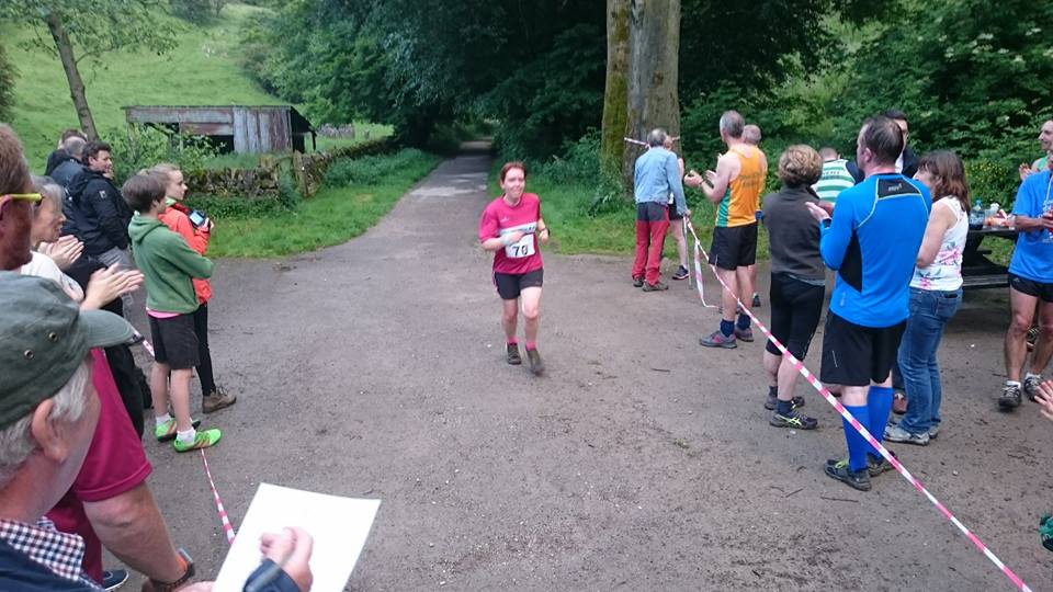 collette-tideswell-fell-race-2016