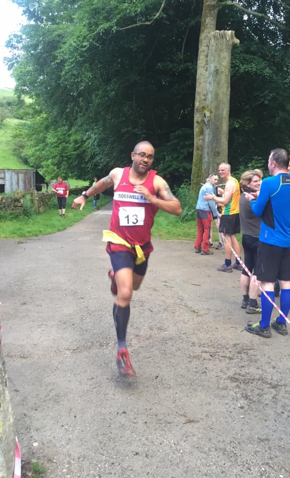 phil-gregory-tideswell-fell-race-2016